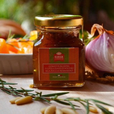 Montoro onion jam with pumpkin and rosemary