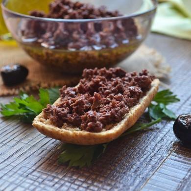 Patè di olive nere leccino